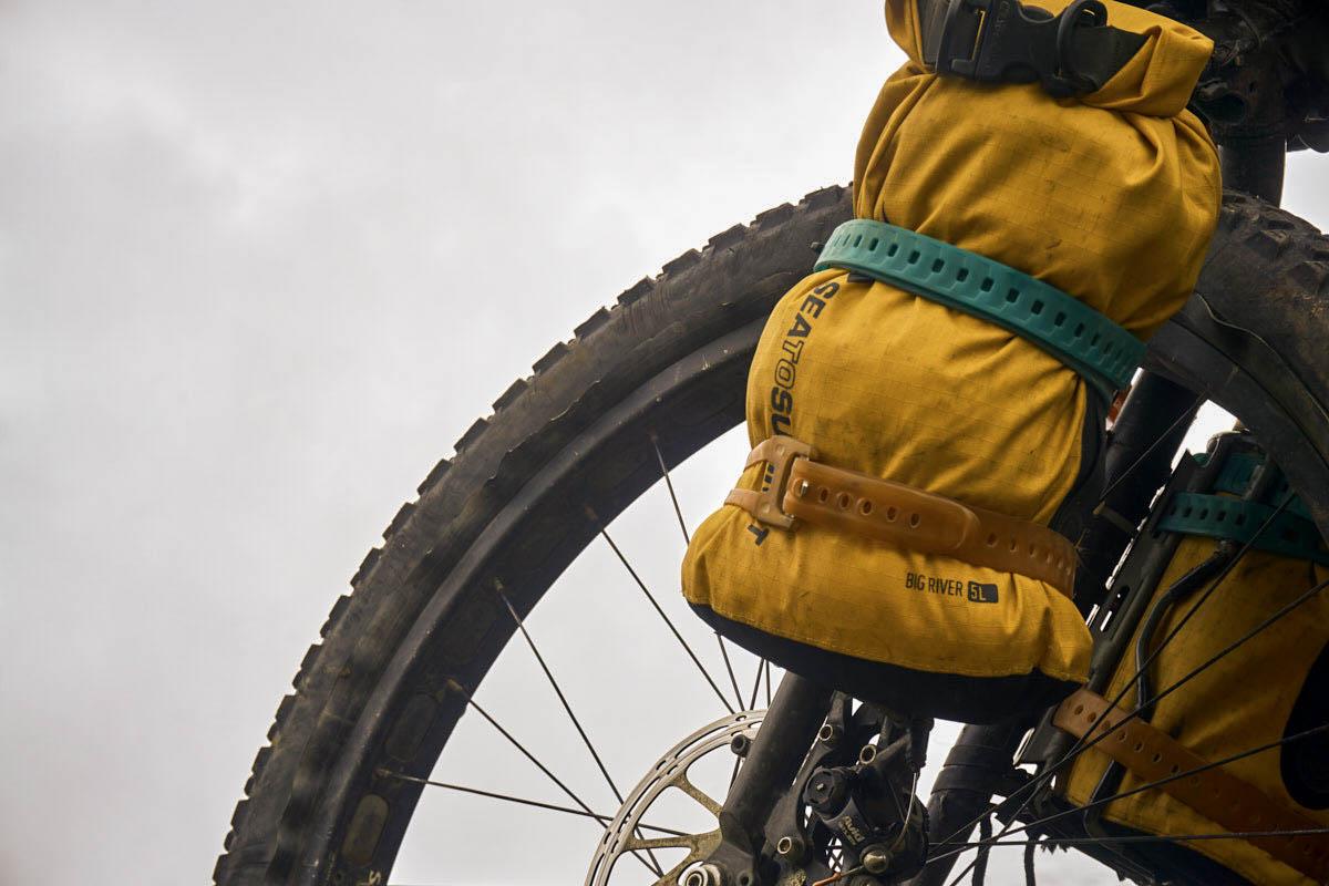 2101-sts-equipamiento-bicicleta-bolsa-estanca