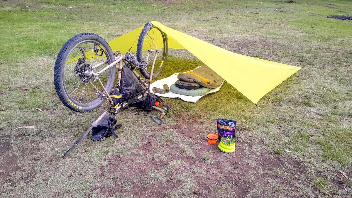 2101-sts-equipamiento-bicicleta-toldo
